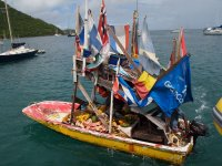 Nous avons régulièrement eu la visite de machands flottants de fruits et légumes dans les Antilles...