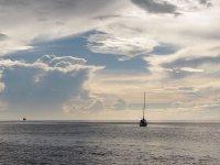Paisible baie de Grande Anse de jour...