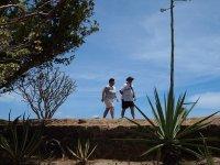 Papy et Mamy sur les ramparts du Fort