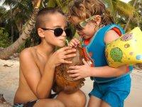 Ils adorent l'eau de coco !