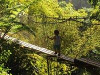 Loann sur le pont suspendu