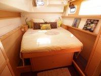 Une des deux cabines arrière (lit : 160 x 200)