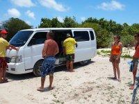 Notre minibus-taxi qui nous emmène en vadrouille pour la journée...