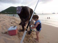 Loann s'invite à la pêche au lancé de locaux sur la plage